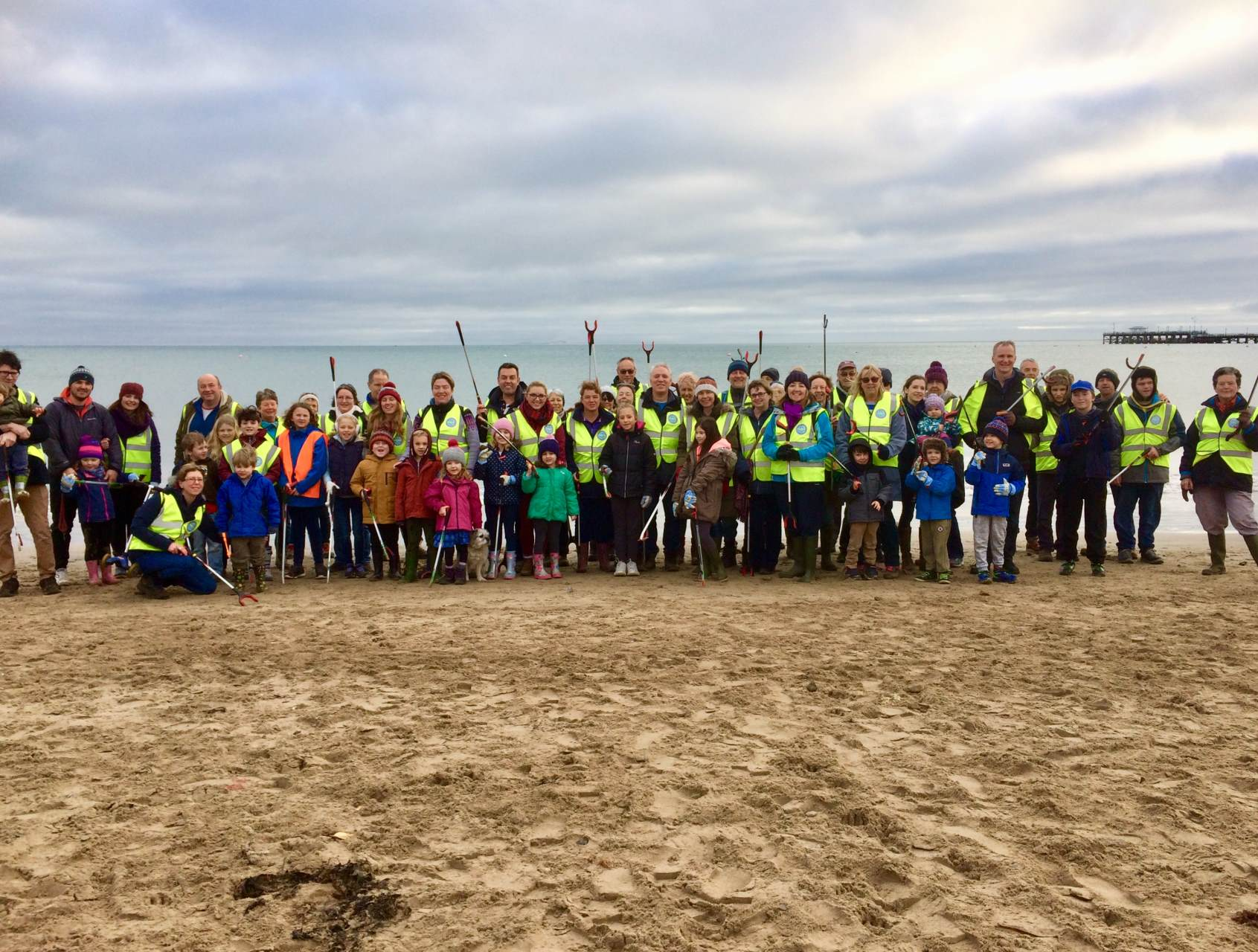 Beach clean Jan18